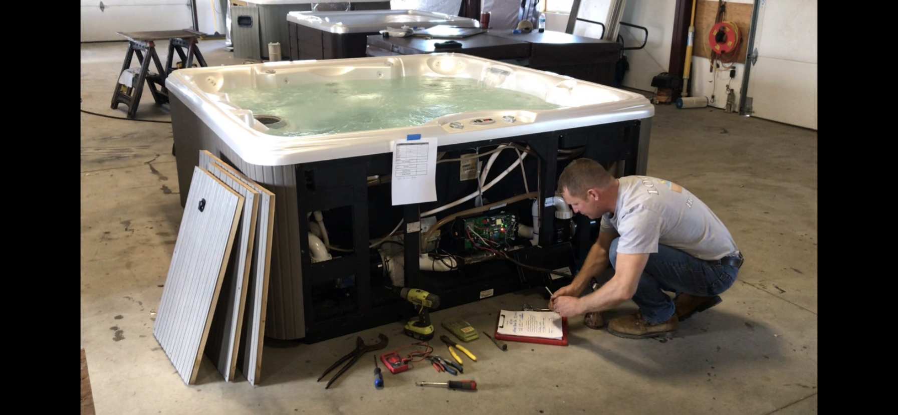 Hot tub reconditioning